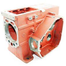 Блок двигателя, поршень 95мм, крышка правая 8отв., крышка левая 5отв., GZ195